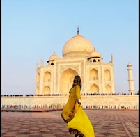 Same Day Taj Mahal Tour from Mumbai including return flights