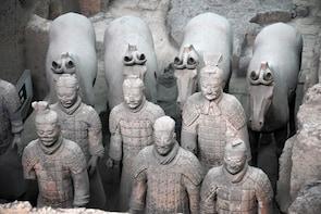 Xian Bus Tour: Terracotta Warriors and Ancient City Wall