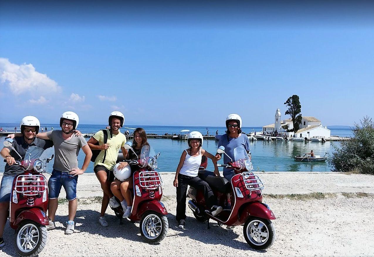 """Ride along the Royal Route"" Vespa Scooter Tour"