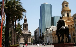 Private Half Day Guided City Tour in Santiago