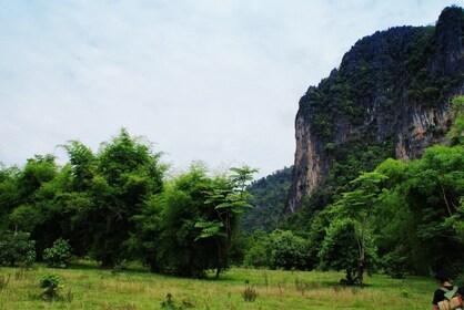 Rock-Climbing-Vang-Vieng-10.jpg
