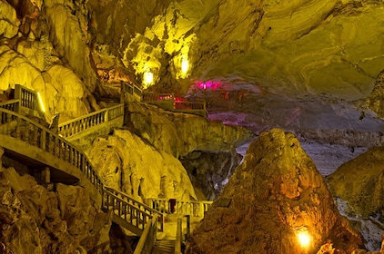 tham-xang-cave.jpg