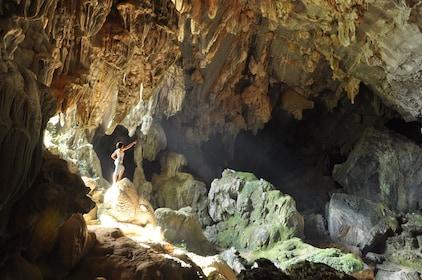 Tham-Phu-Kham-Cave.jpg