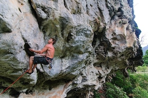 Half-day Rock Climbing Course in Vang Vieng