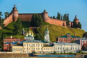 Explore Nizhny Novgorod and Kremlin on a Private Stroll