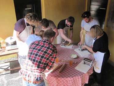 LAKE COMO FOOD TOURS - Cooking course 4.JPG