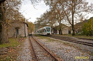 1-day rail trip from Athens