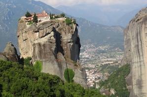 2 days tour to Delphi & Meteora Monasteries