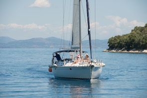 A splendid day sailing around Lefkas