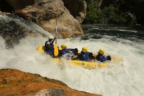 Explore multi-adventure tour on Cetina river