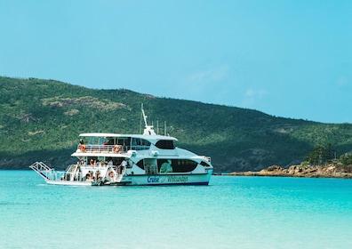 Cruise Whitsundays Vessel_web.jpg
