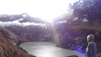 3-Day Trekking to Laguna Amarilla - Altar Volcano