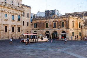 Walking Tour in Lecce