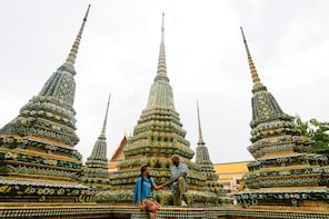 Shoot My Travel -Explore Wat Arun With A Local Photographer