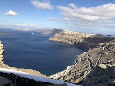 Bay on the coast of Santorini