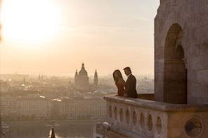 Private Photoshoot - Discover the hidden gems of Budapest