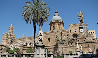 Guided tour to Palermo & Cefalù from Taormina