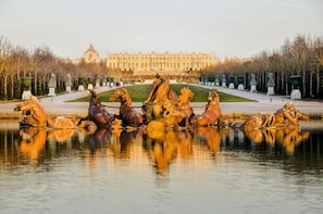 Versailles & Giverny full day tour