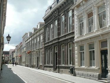 street-537665_1920.jpg