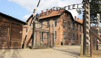 Auschwitz-Birkenau Memorial Guided Tour from Krakow
