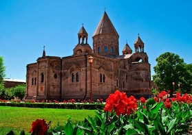Echmiadzin-Zvartnots Group Tour:UNESCO World Heritage Sites