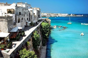 Salento in One Day with Professional Guide, from Lecce