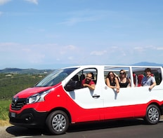 Chianti Wine Tour with Tuscan lunch. Open top van