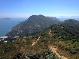 Dragon's Back Hiking Adventure