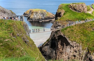 Small Group Giants Causeway Private Tour from Belfast