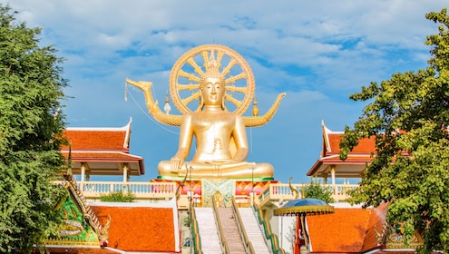 Big Buddha temple statue and colorful temples in Koh Samui, Thailand