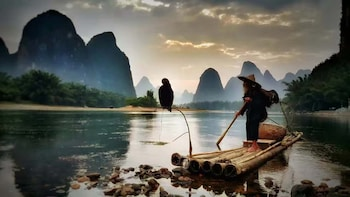 Full-Day Guilin 4 Star River Cruise Boat and Yangshuo Tour