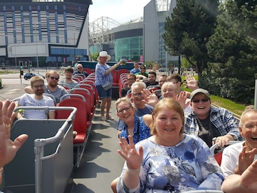 Sightseeing Manchester - hop on, hop-off bus tour
