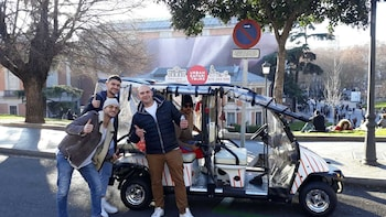 Buggy: Cool Tour Madrid (1h30 - up to 5 people)