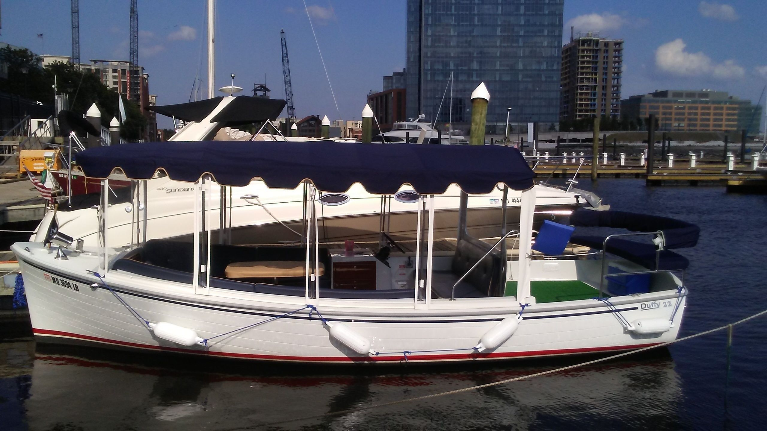 Electric Boat Rental