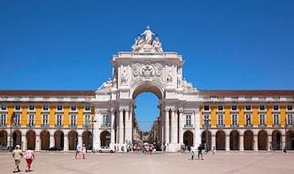 Lisbon & Cascais Coastline Private Tour