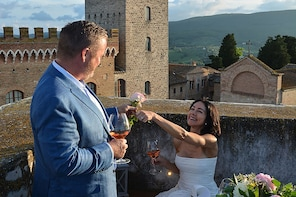 Aperitif & Photoshoot In A Private Mediaeval Tower