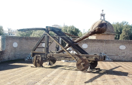 A medieval Roman catapult
