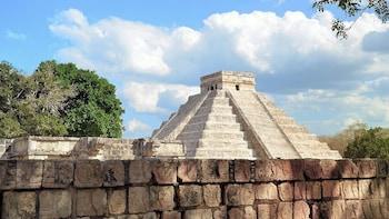 Chichen Itza Deluxe Tour - Cenote, Buffet & Unlimited Drinks