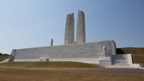 2 day Canadian WW1 tour in the Somme and Flanders