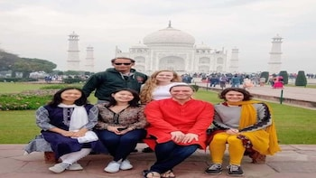 Half Day Private Tour of Taj Mahal & Agra Fort from Agra