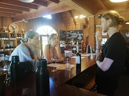 Hunter Valley Private Tour including wine, chocolate, cheese