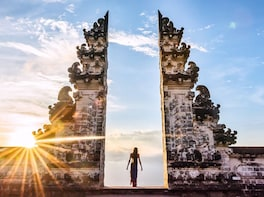 Bali Instagram Tour: Gate of Heaven and East of Bali Tour