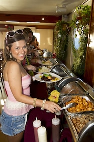 tropical-food-buffet-cruise-key-west.jpg