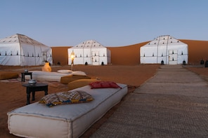 Private 2-Days Desert Tour from Marrakech & Return in Plane