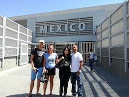 Crossing Borders, Tijuana Day Trip from San Diego