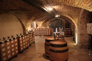 Burgundy Wine Tour - Côte de Beaune from Beaune DBT-D1