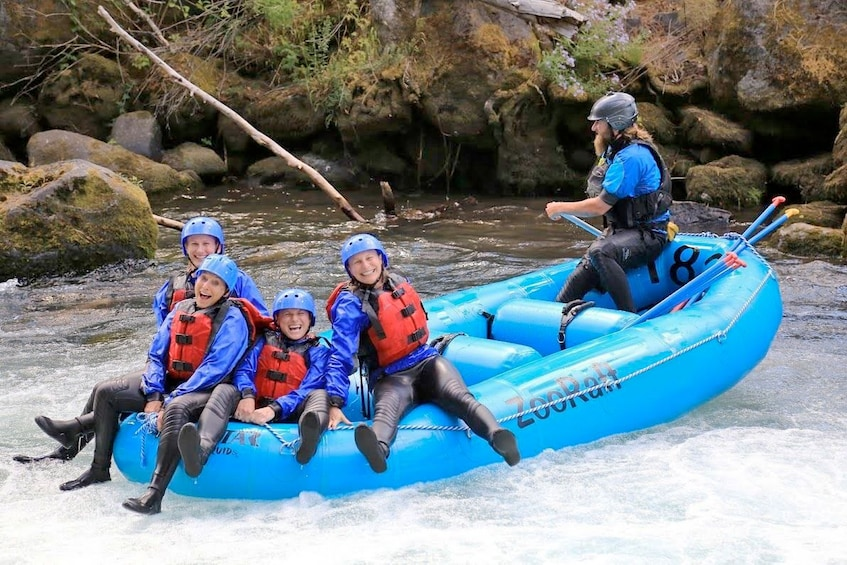 Group rafting the White Salmon River