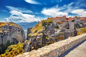 2 Days Delphi – Meteora from Athens