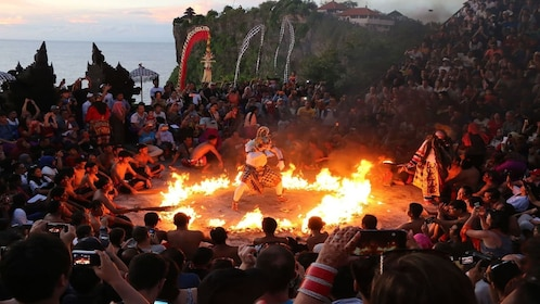 Half Day Tour Uluwatu Kecak Dance and Candlelight Dinner