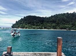 SAPI AND MANUKAN ISLAND